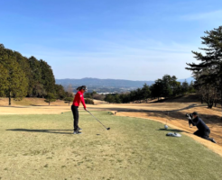 【ゴルフのメンタルトレーニング】 プレーが固くなったときにどうすればよいのか?